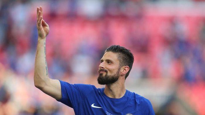 Masa depan Olivier Giroud di Chelsea masih jadi tanda tanya (Foto: Catherine Ivill/Getty Images)