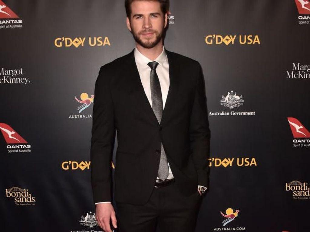 Liam Hemsworth Kepergok Kencan dengan Maddison Brown, Sudah Move On?