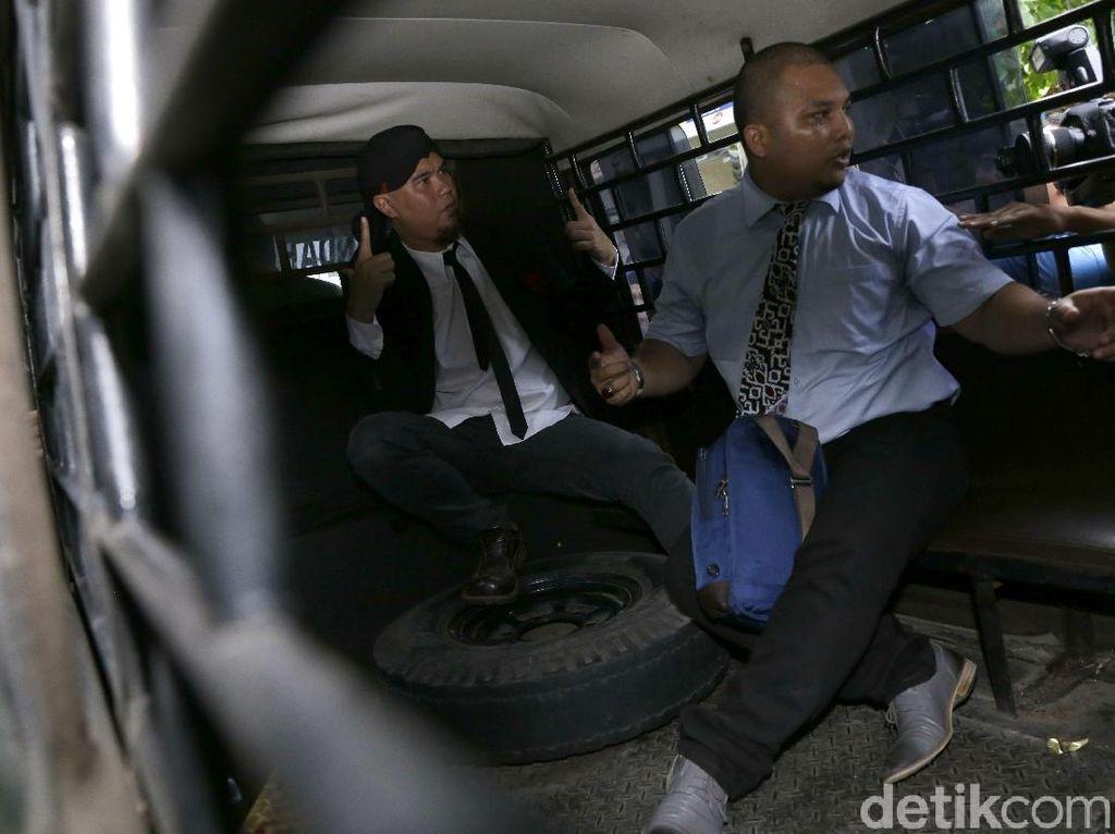 Ahmad Dhani Dipenjara, Anang Hermansyah vs Jerinx soal RUU Permusikan