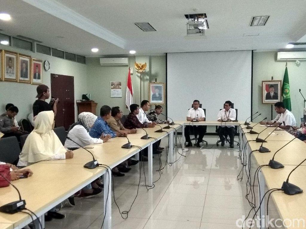 Jemaah First Travel Datangi Kemenag, Protes PMA hingga Tak Bisa Umrah