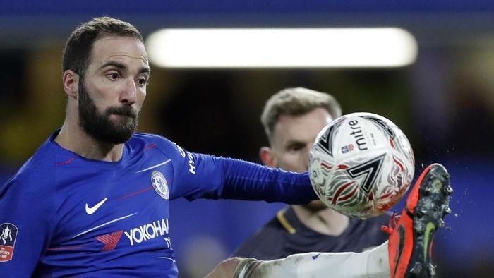Gonzalo Higuain melakoni debut bersama Chelsea (AP Photo/Kirsty Wigglesworth)