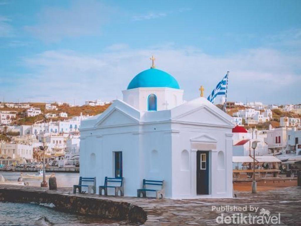 Menikmati Lanskap Mykonos, Salah Satu Destinasi Favorit Honeymoon