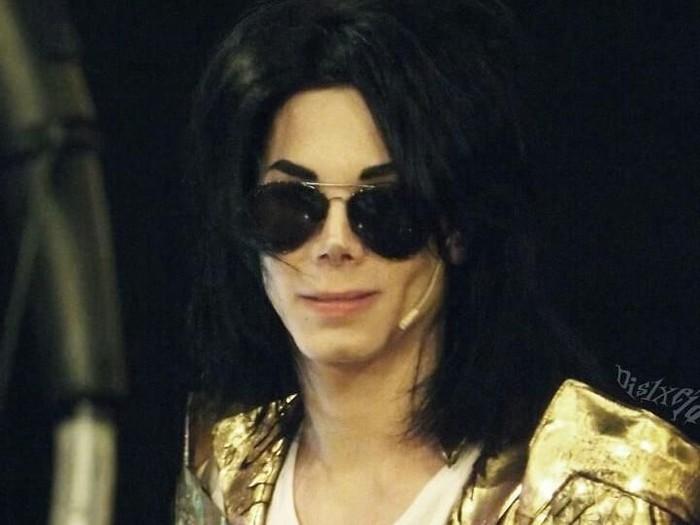 Leo Blanco habiskan Rp 421 juta demi obsesinya tiru wajah Michael Jackson. Foto: Instagram @leoblanco1
