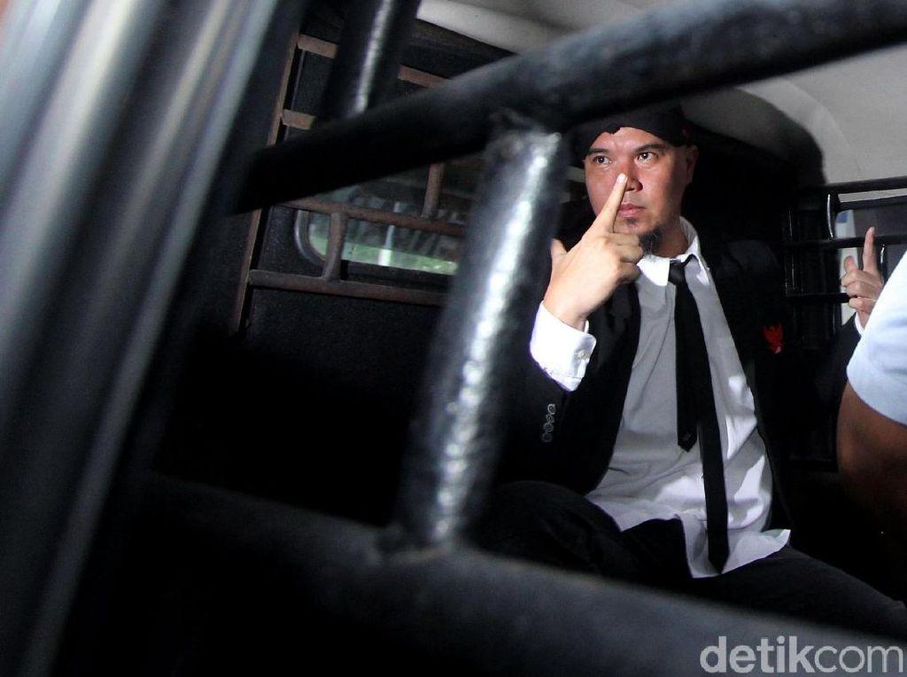 Ahmad Dhani Resmi Ditahan Kasus Ujaran Kebencian