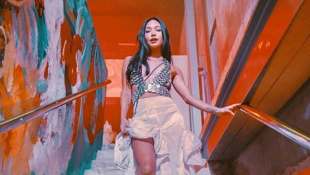 Pesona Si Cantik Karraminah, Putri Brunei yang Suka Pakai Baju Seksi