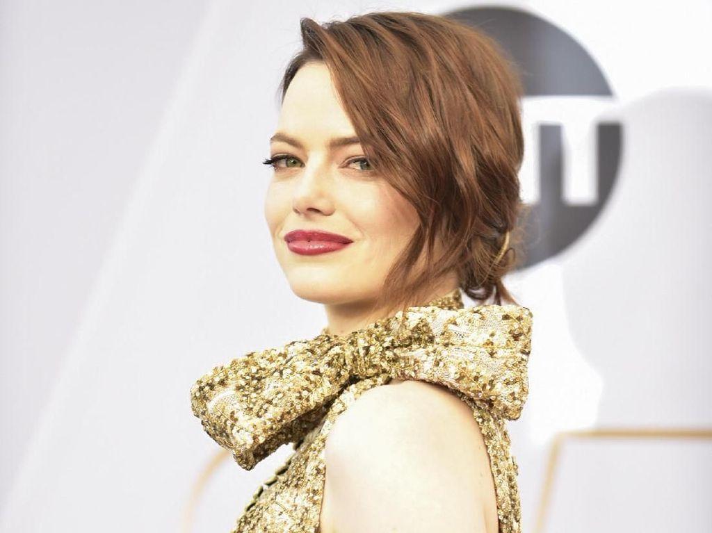 Kabar Bahagia! Emma Stone Hamil Anak Pertama