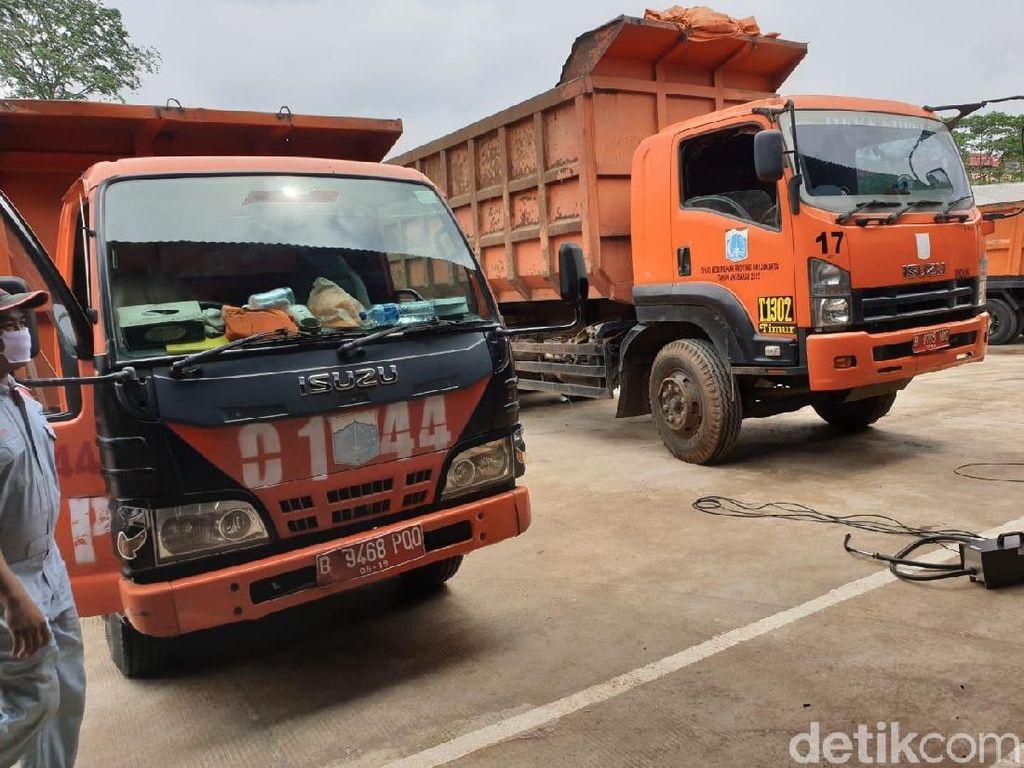 Uji Emisi Gratis Ratusan Truk Sampah