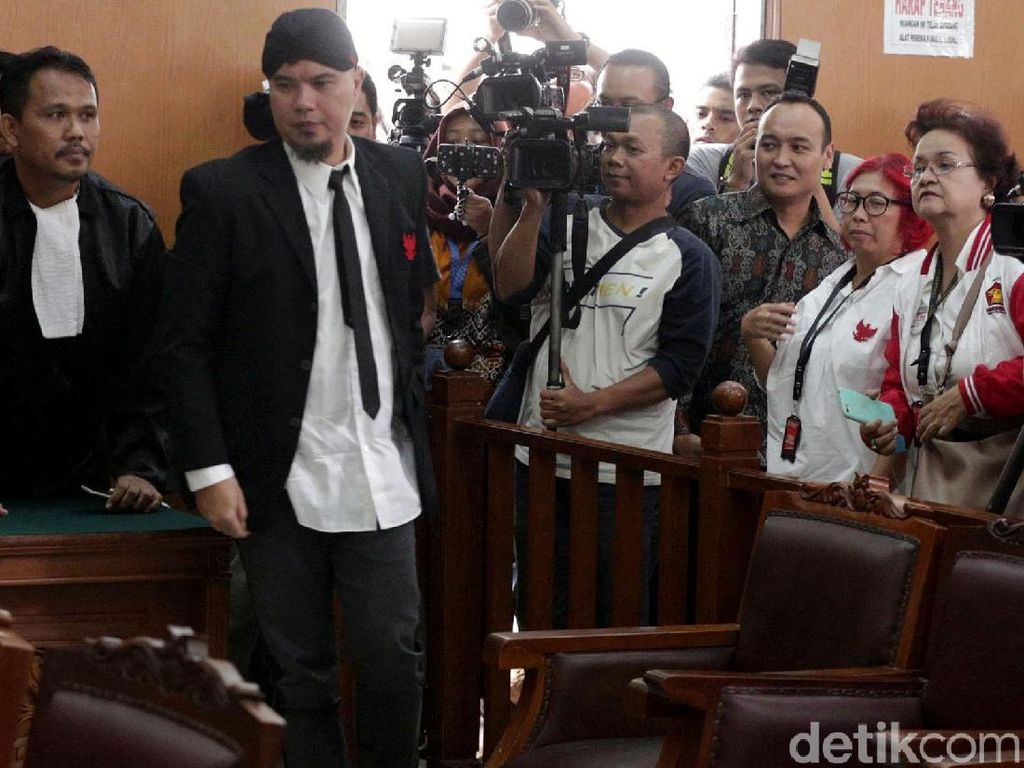 Ditahan di Rutan Cipinang, Ahmad Dhani Jalani Admisi Orientasi