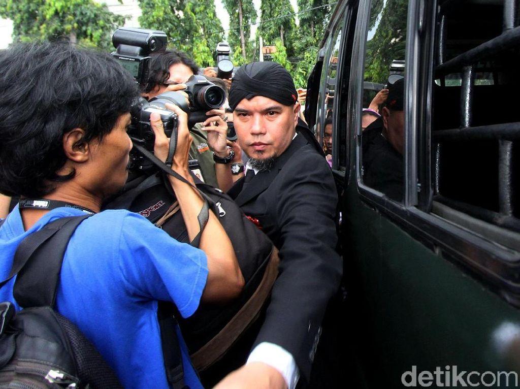 Keluarga Tak Soal Ahmad Dhani di-Bon Jaksa, Asal Balik ke Cipinang