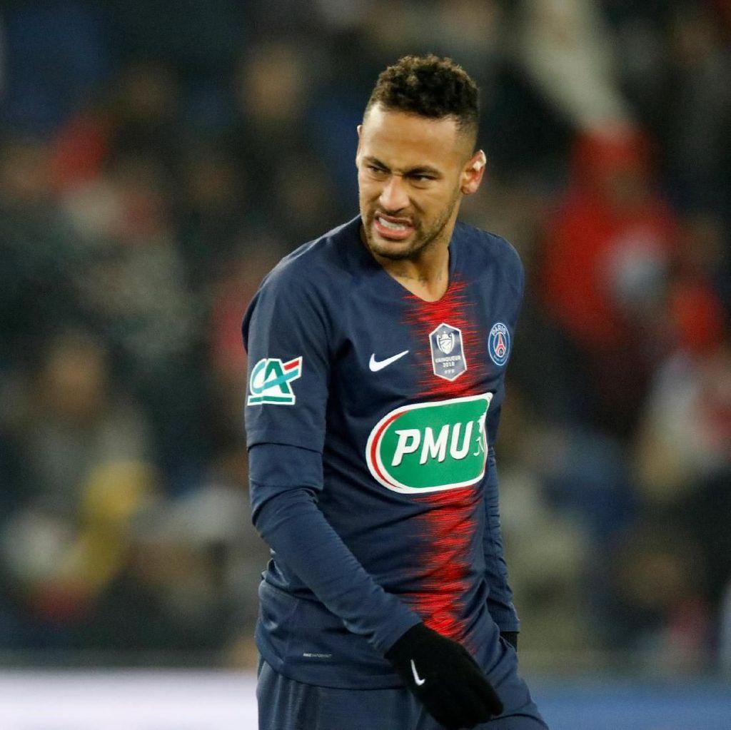 Cedera Metatarsal Bikin Neymar Nangis Berhari-hari