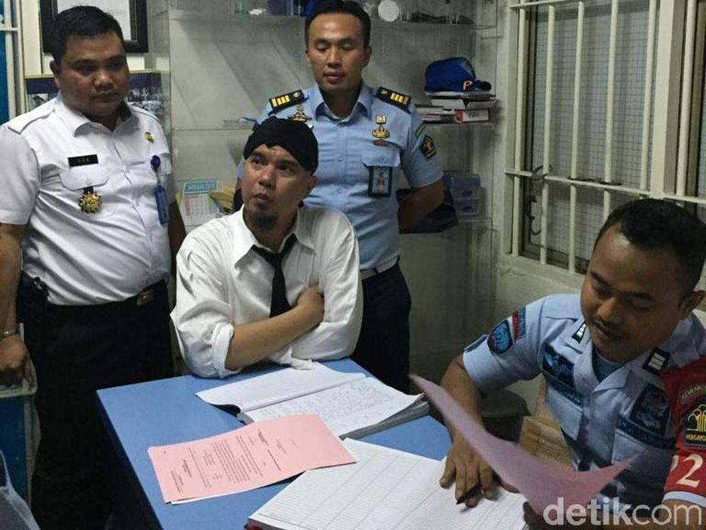 Ahmad Dhani Ditahan, Fadli Zon: Lonceng Kematian Demokrasi