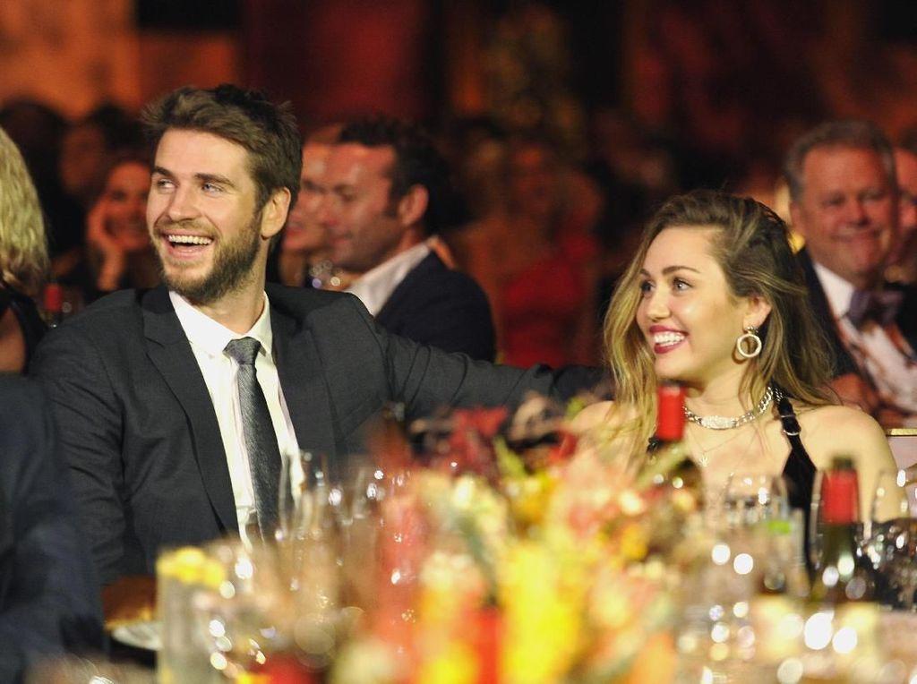 Menikah dengan Miley, Liam Hemsworth Merasa Beruntung