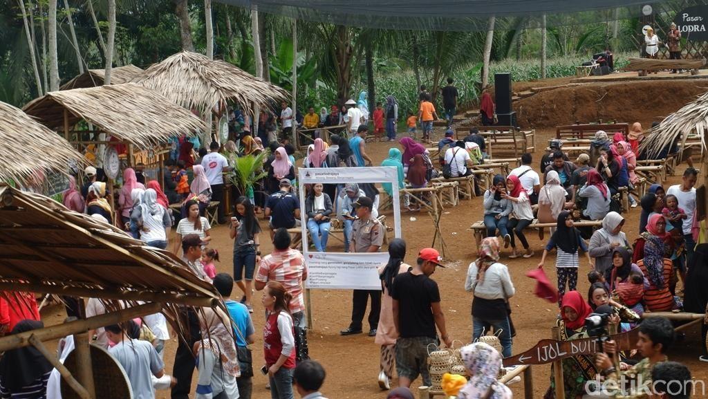 Potret Pasar di Tengah Hutan Banjarnegara