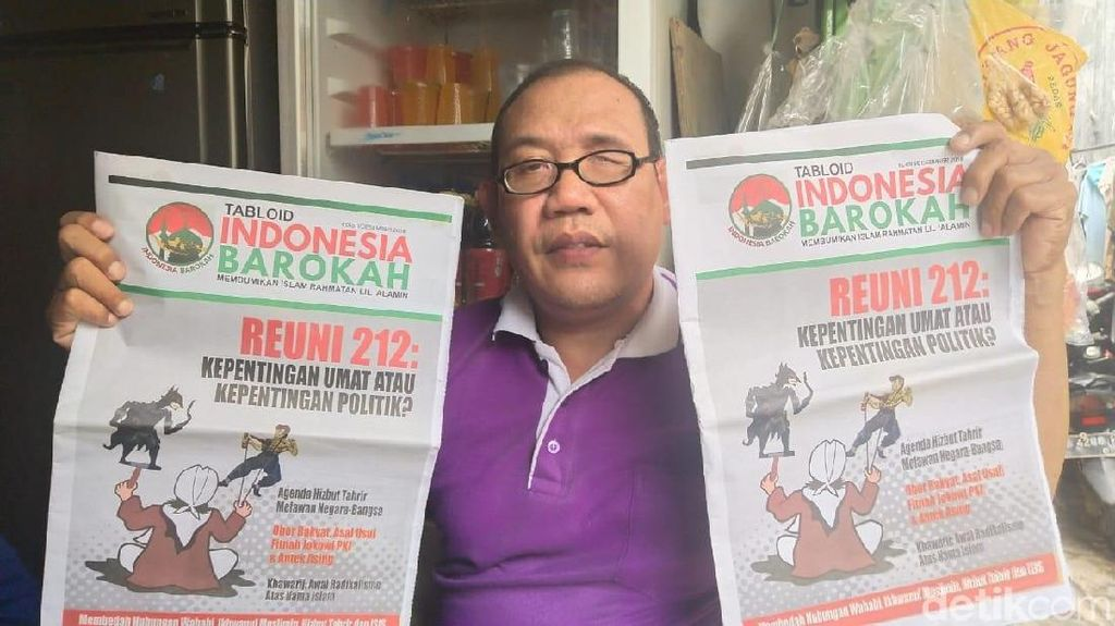 Potret Tabloid Indonesia Barokah yang Disebar ke Masjid di Jakbar