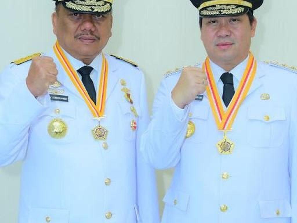 Entaskan Kemiskinan, Gubernur Olly Raih Award Adhi Purna Prima