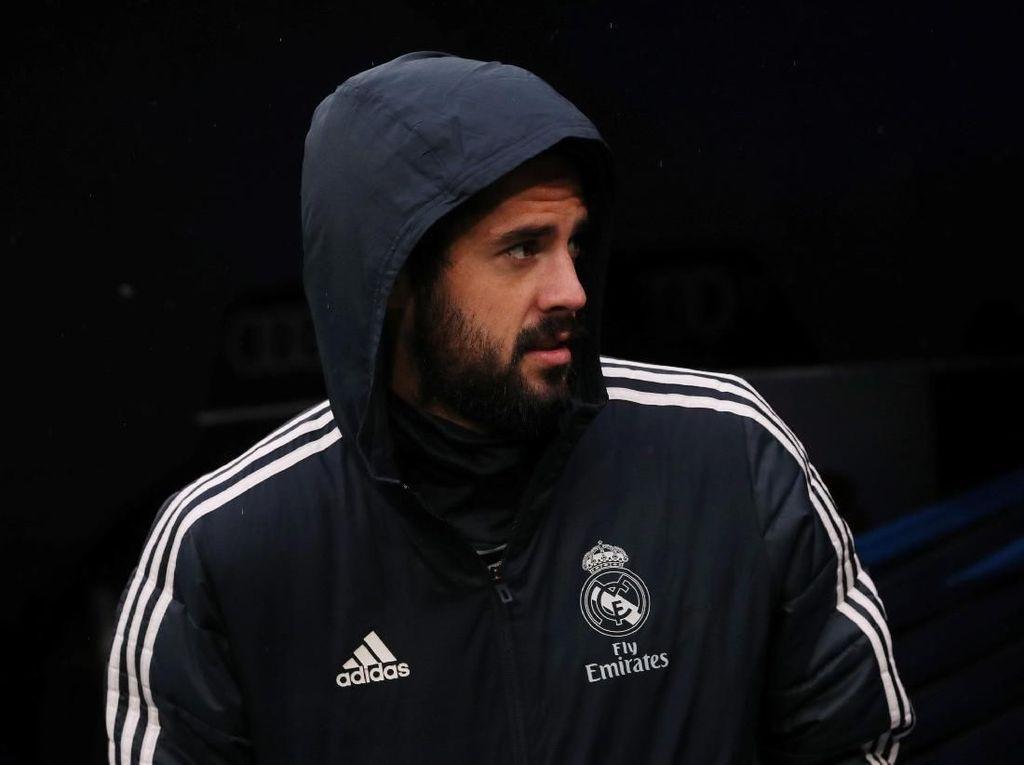 Isco: Tersisih di Madrid, Terancam di Timnas