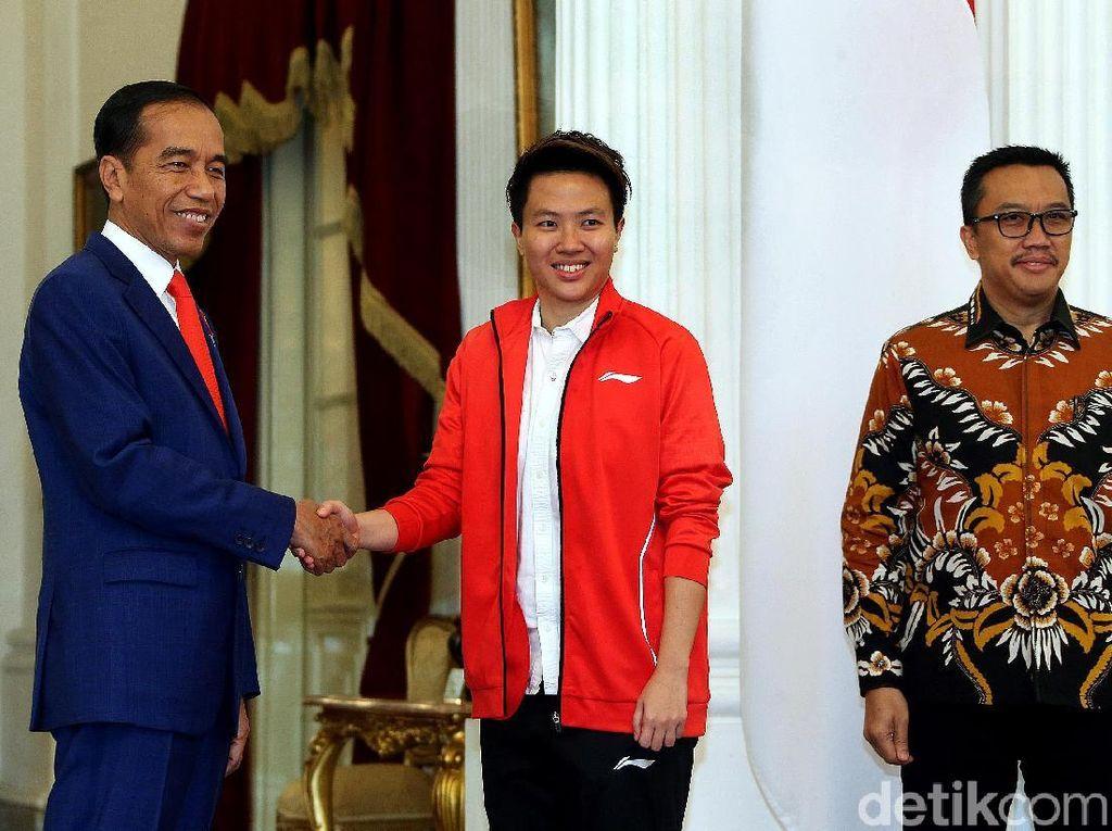 Jokowi: Bukan Hanya Indonesia yang Kehilangan Liliyana Natsir, tapi Dunia