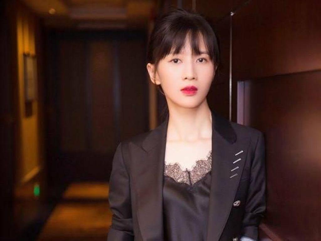 Dikenal Suka Ngomong Kasar, Vlogger Terpopuler di China Ini Dibayar Rp 46 M