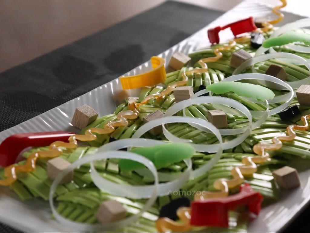 Unik! Begini Jadinya Romaine Salad Jika Diracik dari Peralatan Dapur