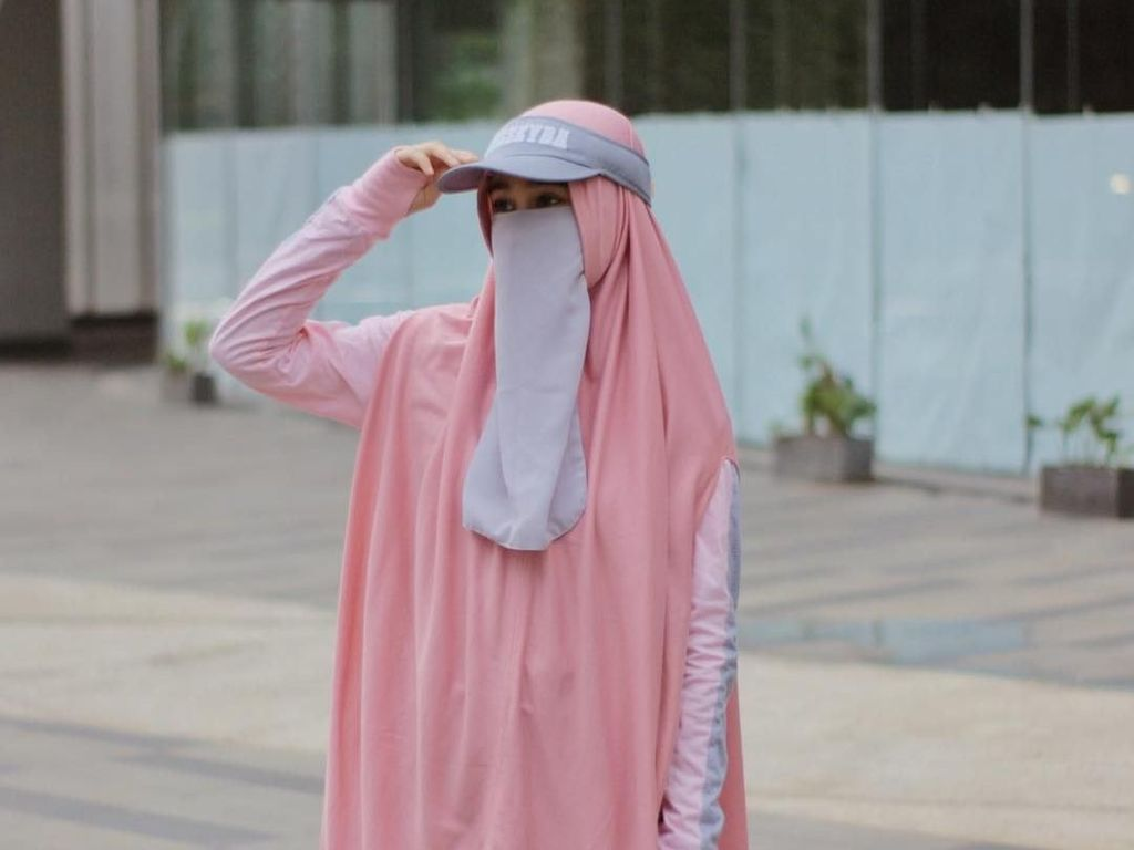 Sporty hingga Warna-Warni, Gaya Hijab Cadar Ini Cocok untuk Anak Muda