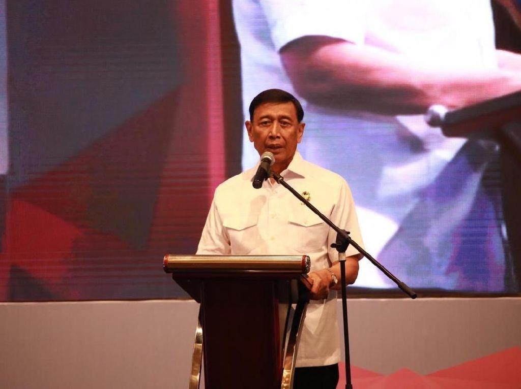 Beredar Video Debat dengan Kivlan Zein, Wiranto: Itu Masalah Pribadi