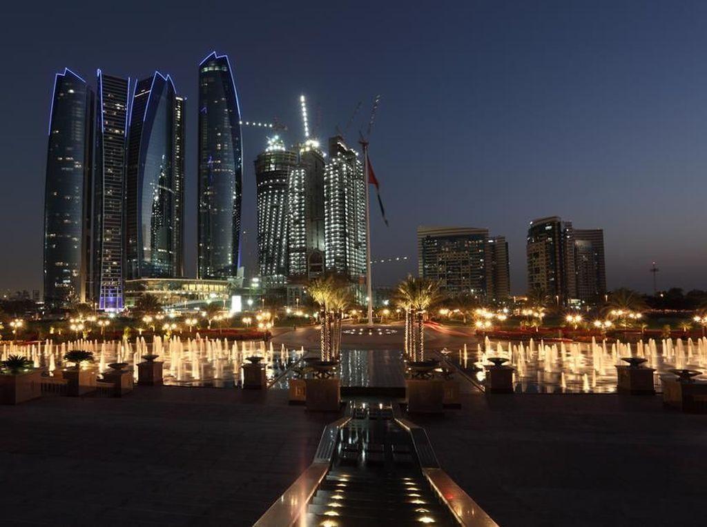 7 Hal Ini Bisa Kamu Lakukan di Abu Dhabi Saat Malam Hari