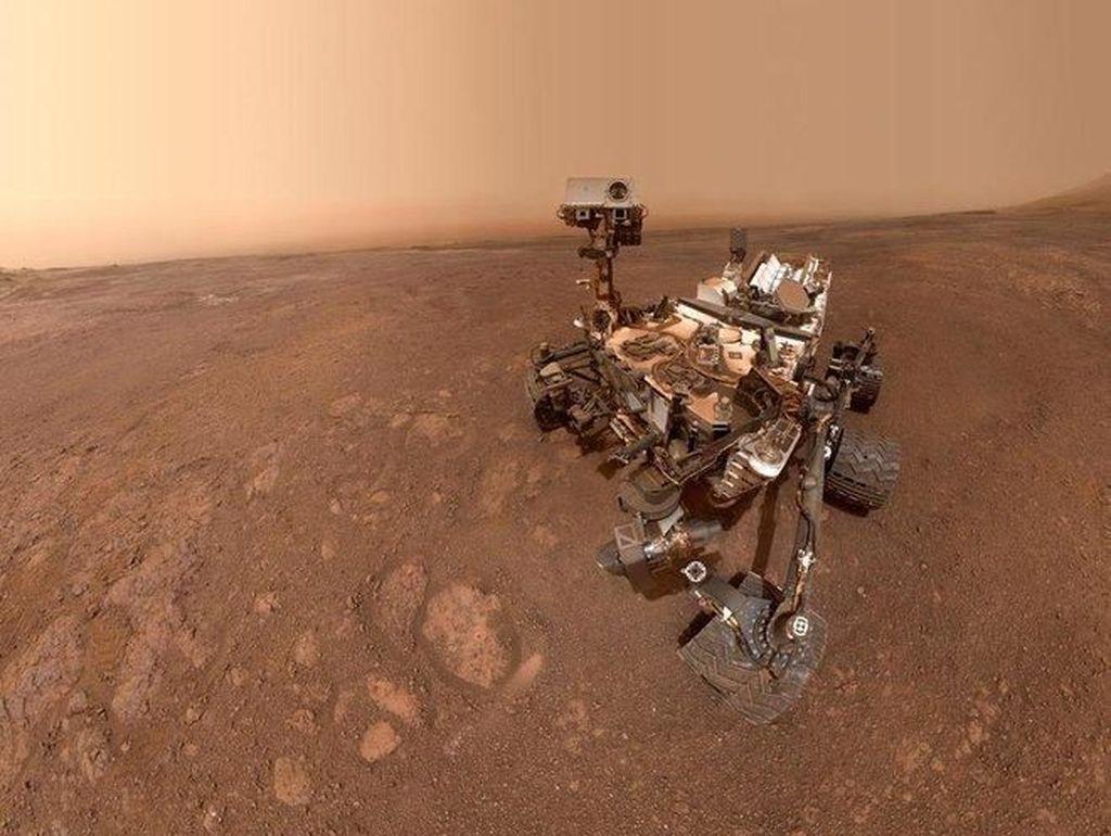 Gaya Selfie Robot Curiosity Sebelum Lanjut Tugas di Mars