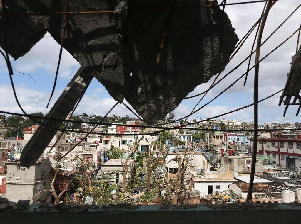 Tornado Hantam Kuba, 3 Orang Tewas dan Ratusan Terluka