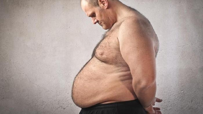 Apa yang menyebabkan pria mengalami perut buncit? (Foto: iStock)