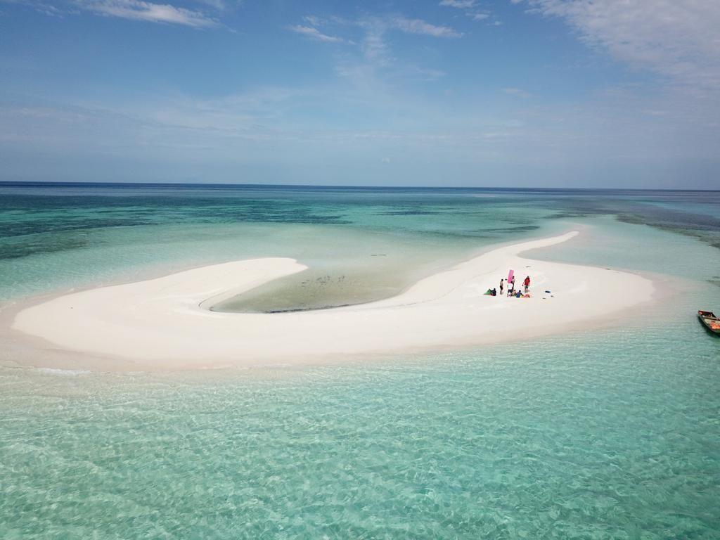 Jarang Orang Tahu, Pulau Kecil Cantik di Tengah Laut Flores Timur