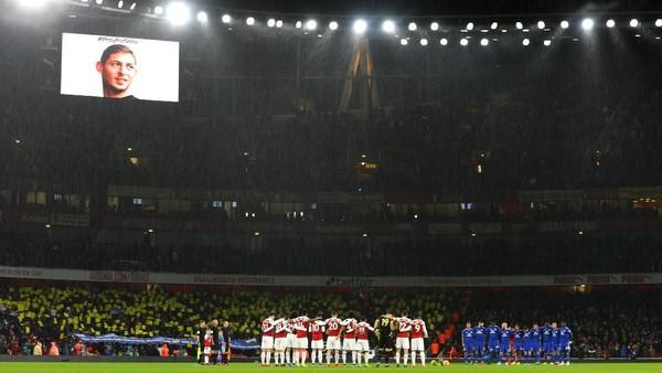 Emiliano Sala Hadir di Emirates Stadium