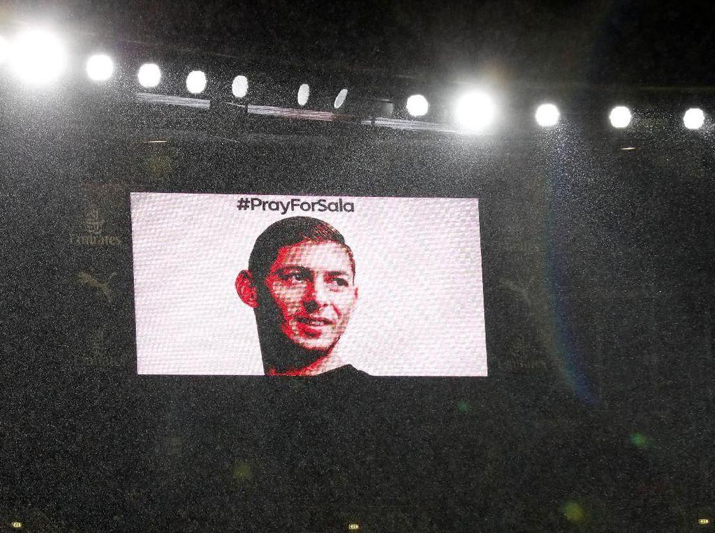 Tribut untuk Emiliano Sala di Emirates Stadium