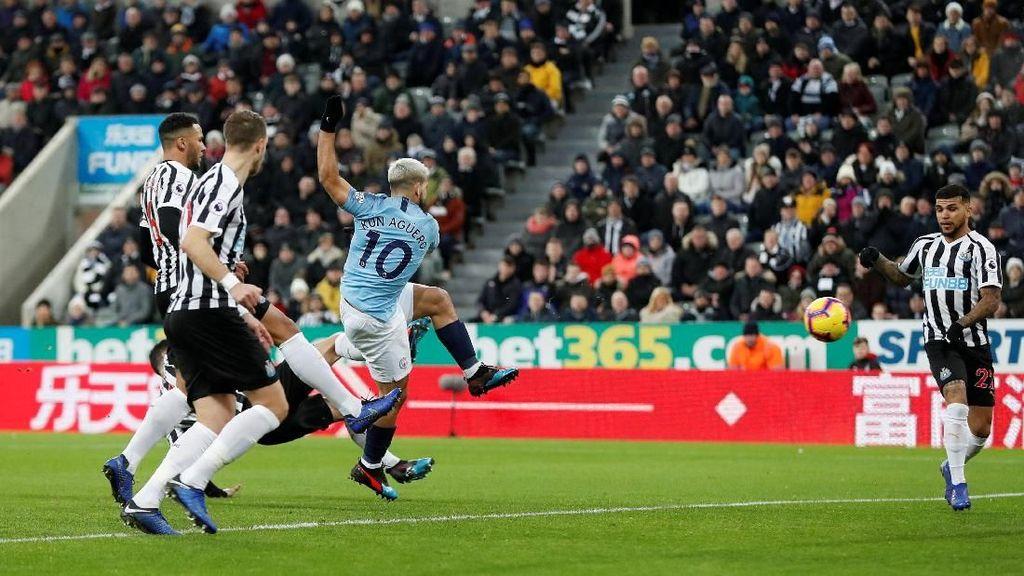 Gol Super Cepat Aguero Tak Selamatkan City dari Kekalahan