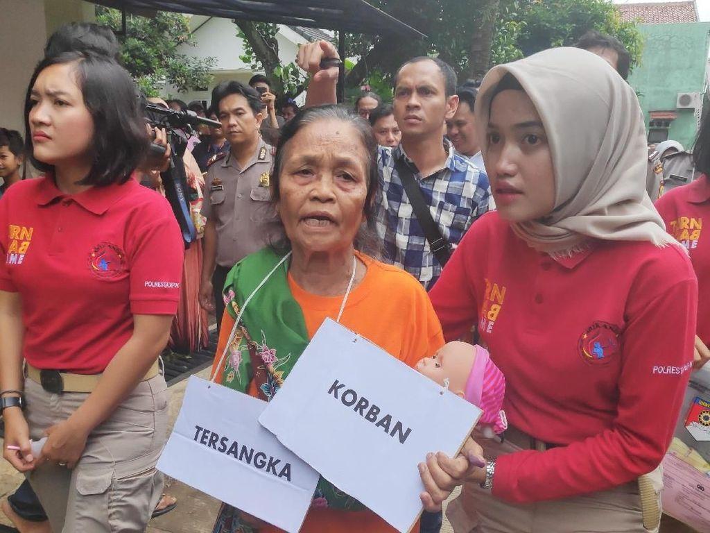 Polisi Gelar Prarekonstruksi Penganiayaan Bayi Mutia oleh Pengasuh