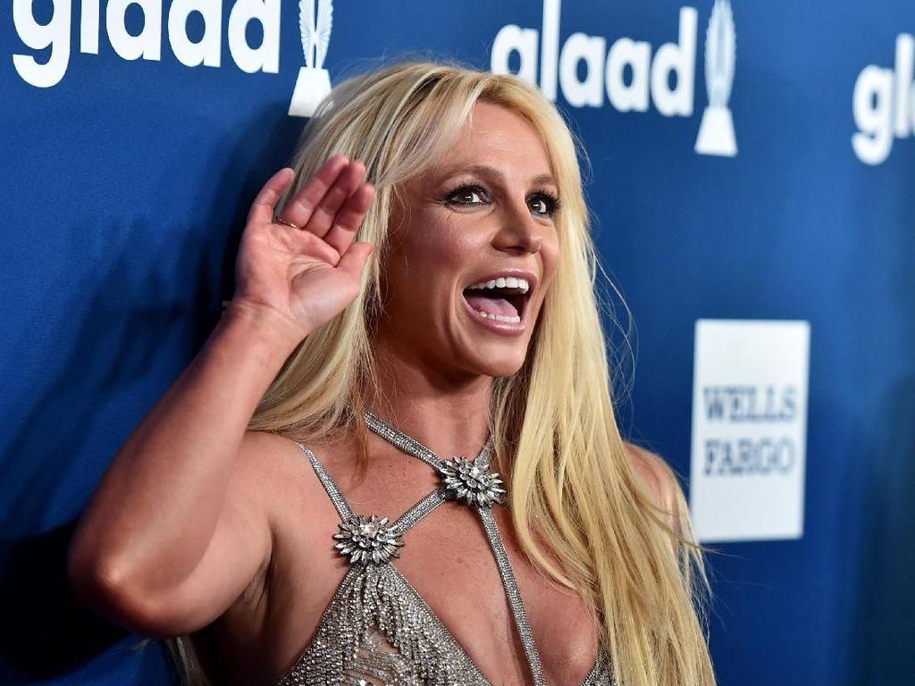 Hiks! Britney Spears Mungkin Tak Akan Pernah Manggung Lagi