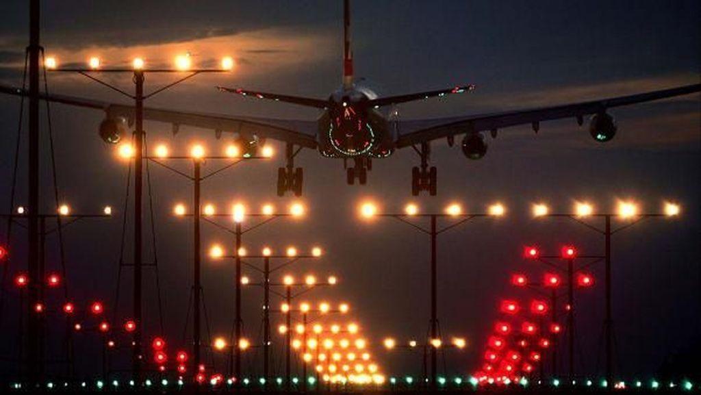Foto: Proses Pendaratan Buta Pesawat