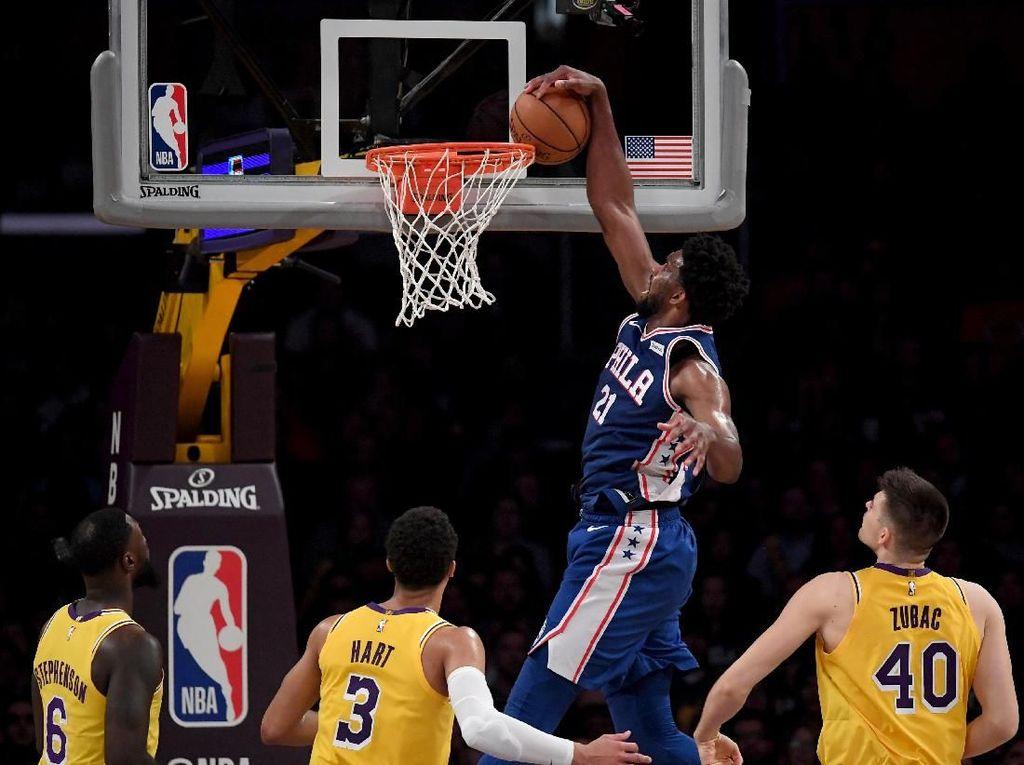 Lakers Dihajar Sixers di Staples Center