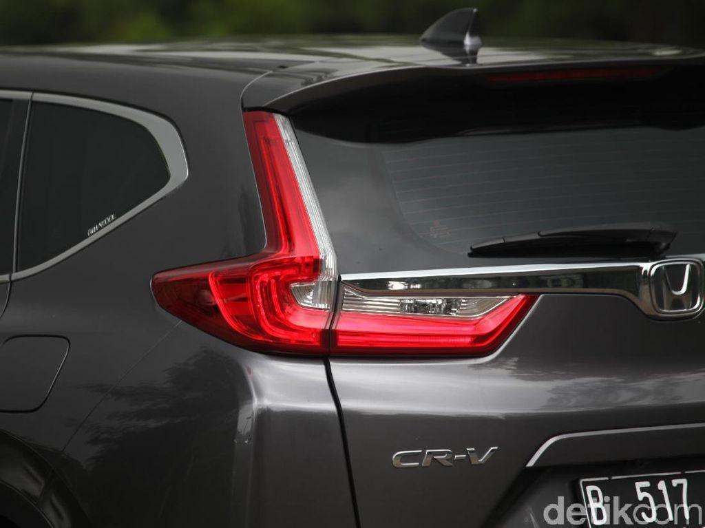 Dikepung Almaz dan Glory 580, Honda CR-V Turbo Masih Juaranya