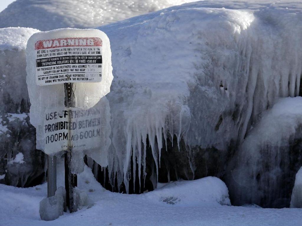Potret AS Seperti Kutub, Dilanda Suhu Minus 54 Derajat Celcius!
