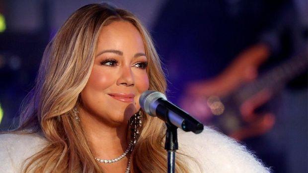 Mariah Carey didesak batalkan konser di Saudi karena 'campurkan musik dan politik'