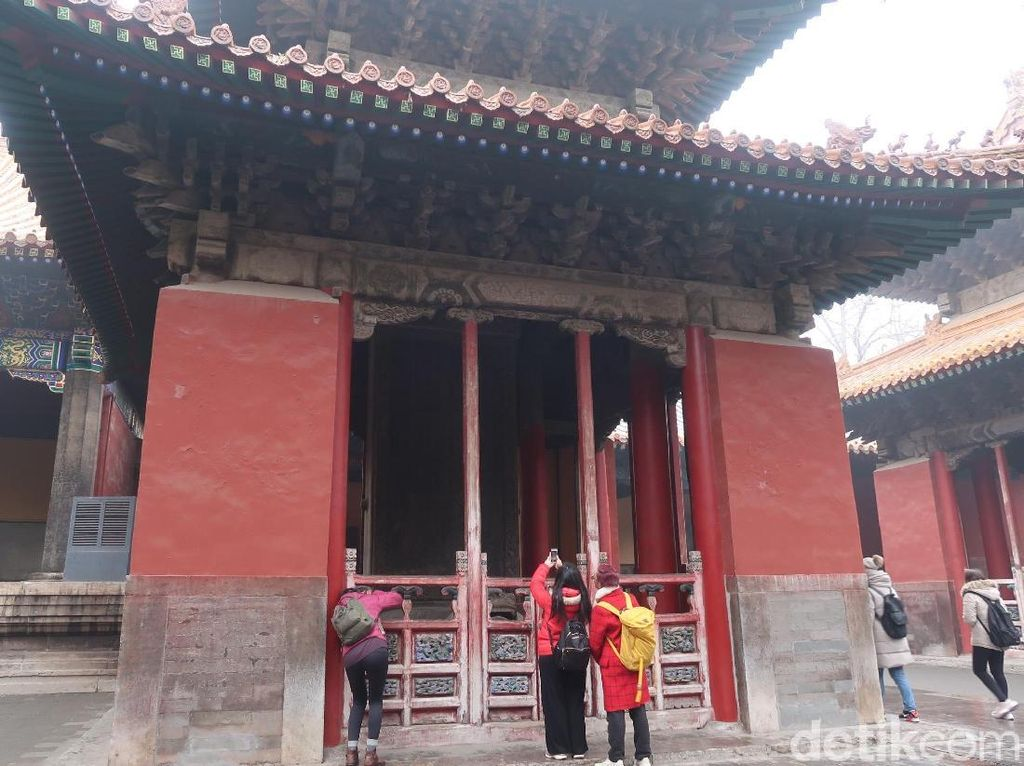 Batu Prasasti dan Cerdiknya Kaisar China