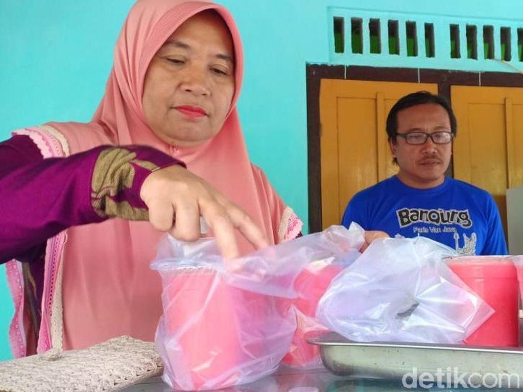 Wabah DBD Meningkat, Berkah Rezeki Jus Jambu di Blitar Melimpah
