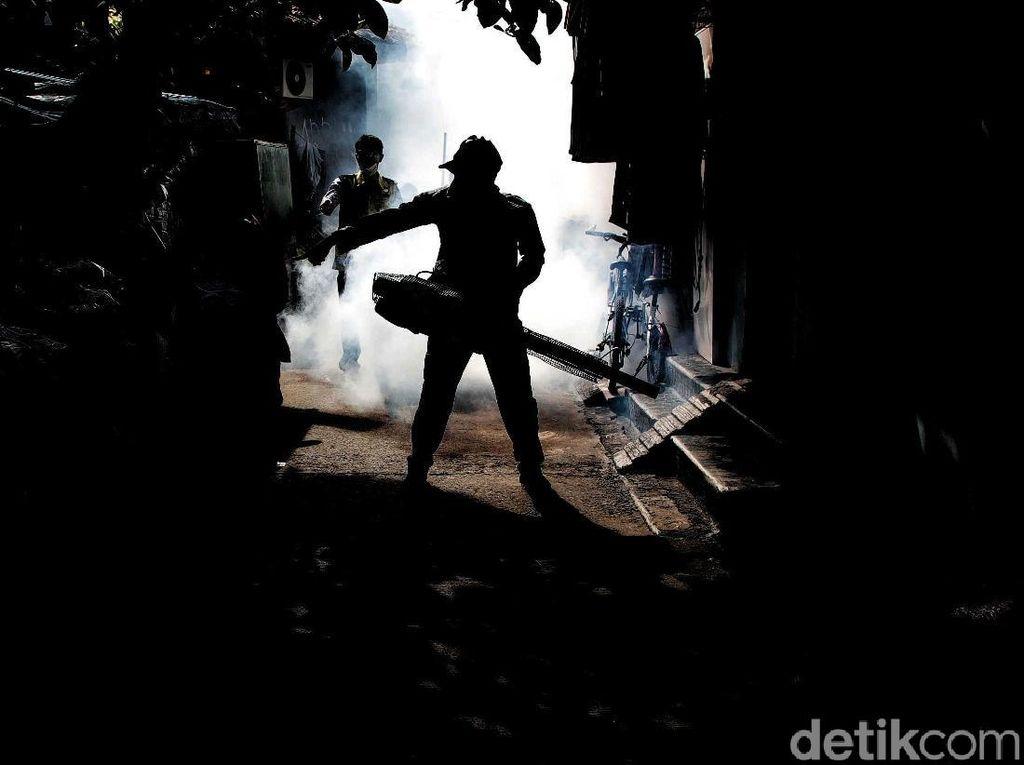 Antisipasi DBD Kawasan Semper Di-fogging