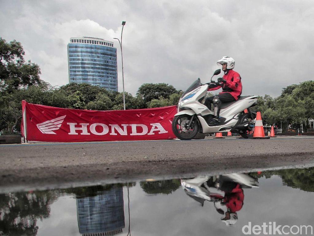 Honda Patenkan Motor Berbahan Bakar Hidrogen