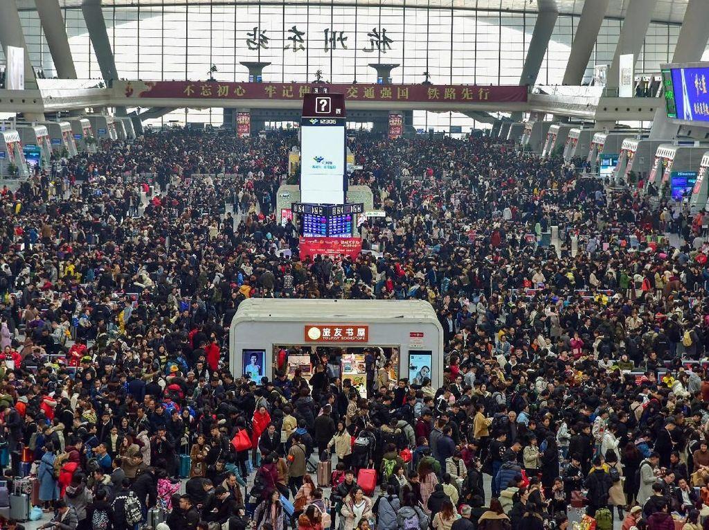 23 Juta Warga Bermasalah di China Dilarang Traveling