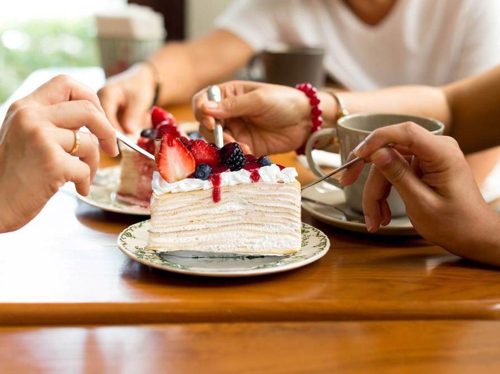 Siapa Bilang Nggak Boleh Makan Manis Saat Diet? Yang Penting Tahu Triknya