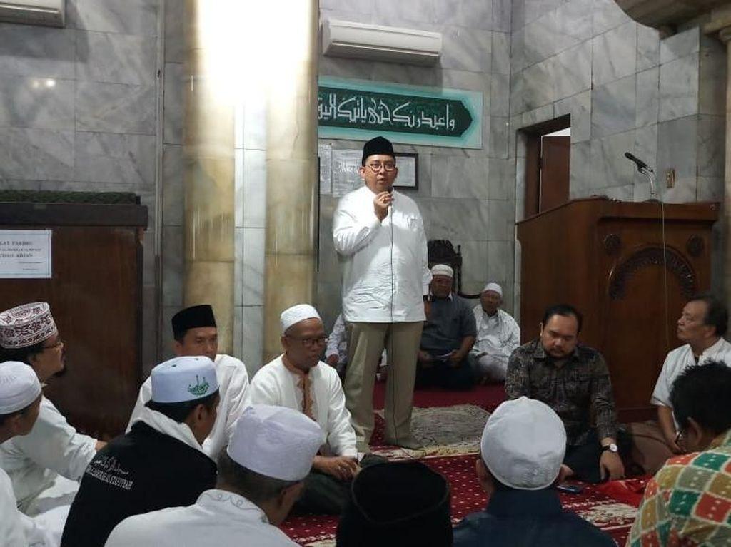 Potret Fadli Zon Bicara Keadilan Bagi Buni Yani ke Jemaah Masjid