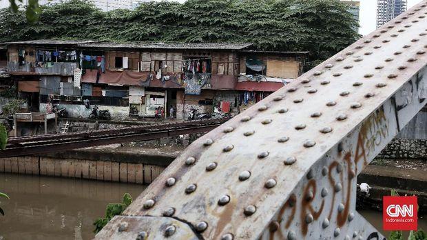 Kampung Kumuh Jakarta, Etalase Kemiskinan di Teras Ibu (EBG)