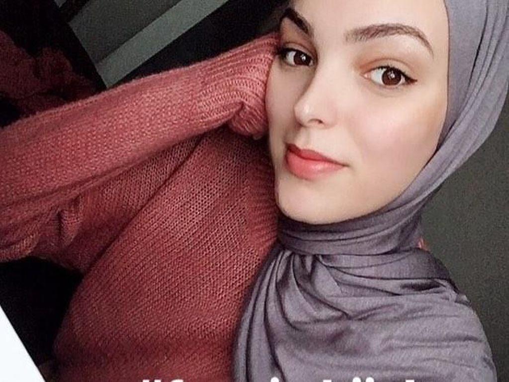 Lebih dari 1.000 Wanita Upload Foto #FreeInHijab Rayakan World Hijab Day
