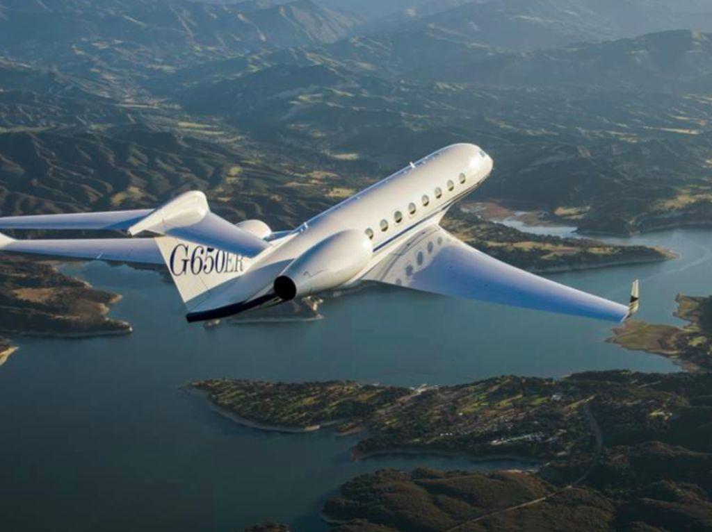 Di Angkasa, Jet Pribadi yang Punya Jalur Sendiri Jadi Lebih Cepat